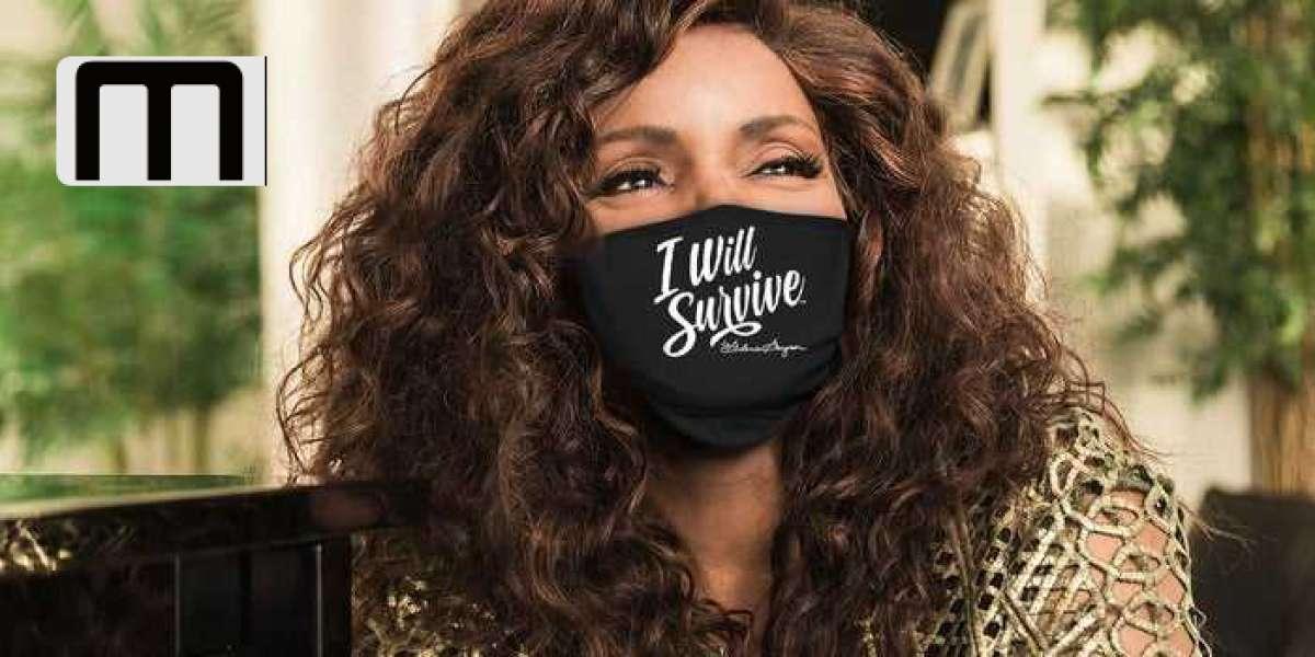 """Gloria Gaynor sigue el video viral de lavado de manos de TikTok con máscaras faciales """"I Will Survive"""""""
