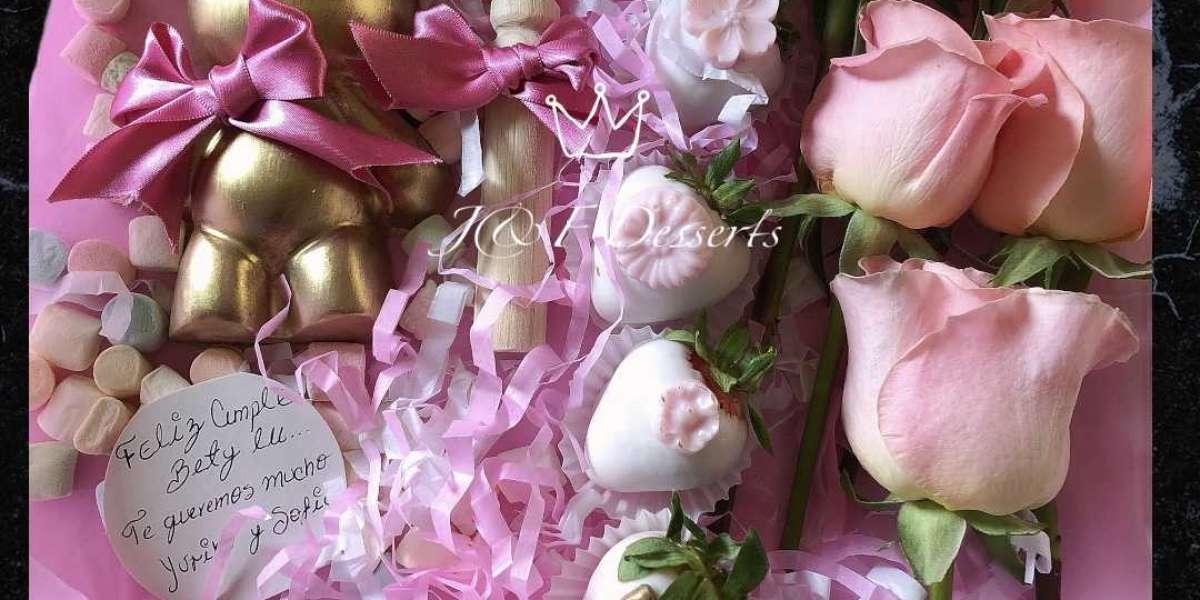 Mini oso relleno, fresas y rosas ? ??
